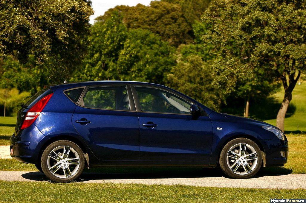 Hyundai i30 i-Blue.